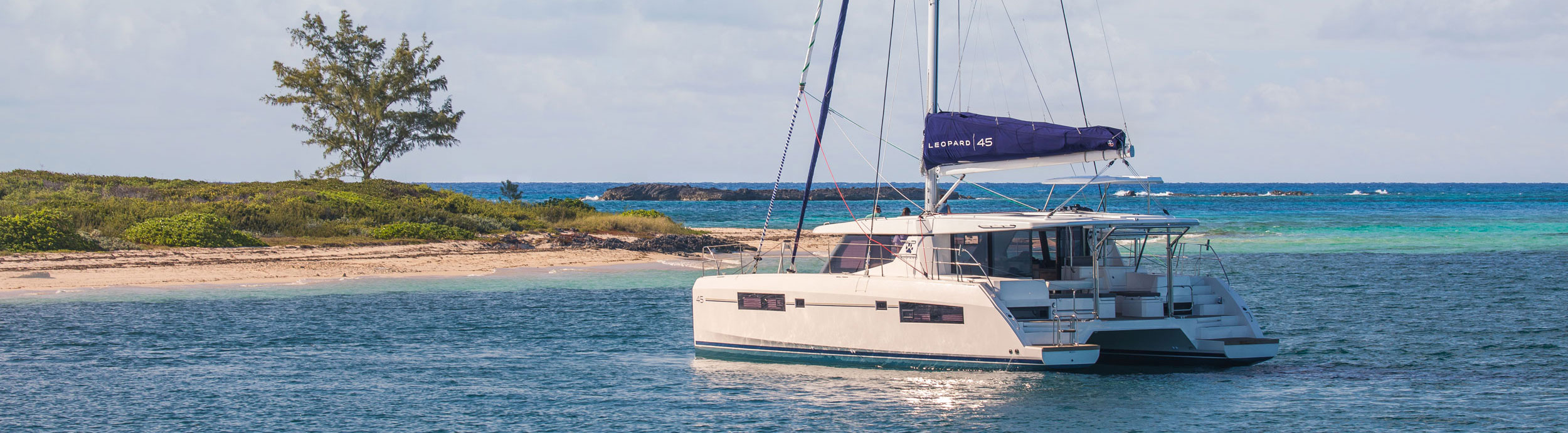 Leopard catamaran at anchor in the bahamas